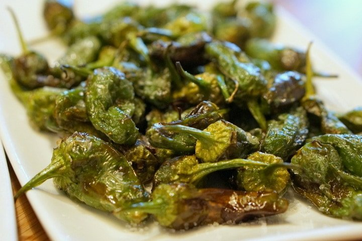 Padrón peppers are one of the most typical and tasty free tapas in Madrid.