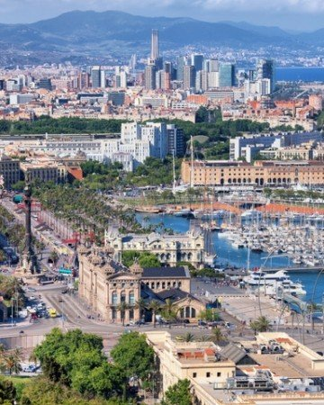 A comprehensive Barcelona hotel guide by a local.