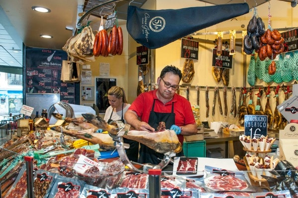 Talking to local restaurant owners is one of the 10 reasons you can't miss Devour Andalusia!