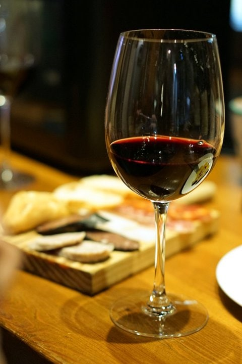 Valencia wine tour and tapas tour