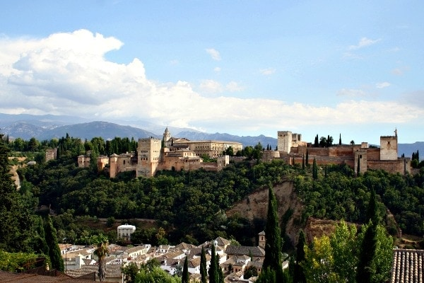 Where to Propose in Granada: 5 Spots You'll Fall in Love With