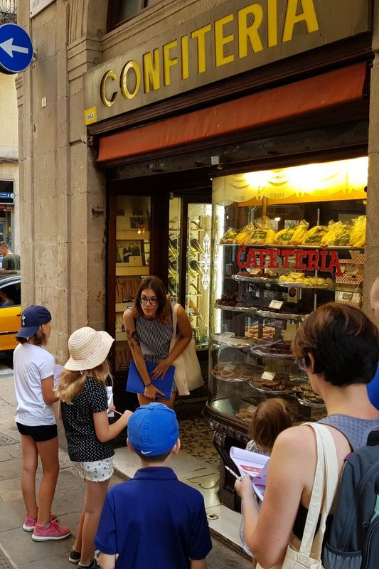 Discovering a family run bakery on our Barcelona kids tour!