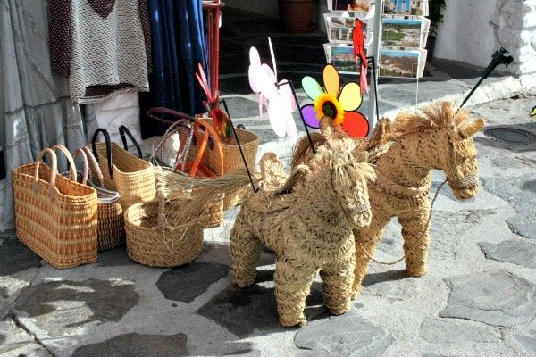 A handwoven memento is one of the most decorative souvenirs from Valencia and a great piece of local artistry.