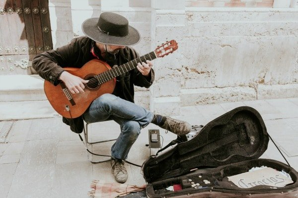 One of the best places to hear live music in Malaga? In the street!