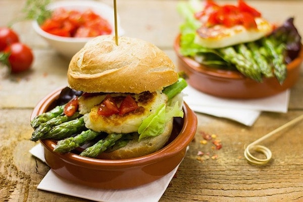 Veggie burgers are delicious! It's always good to know the great options for vegan and vegetarian food in Santiago de Compostela.