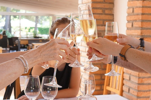 Want to experience wine tastings in Valencia? Be sure to try some locally produced cava!