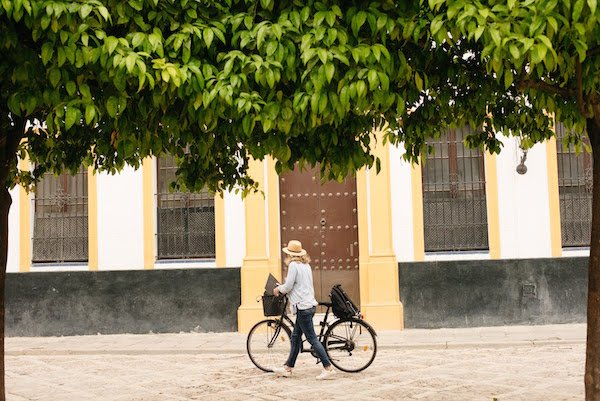 One of the best forms of public transportation in Granada: renting bikes!