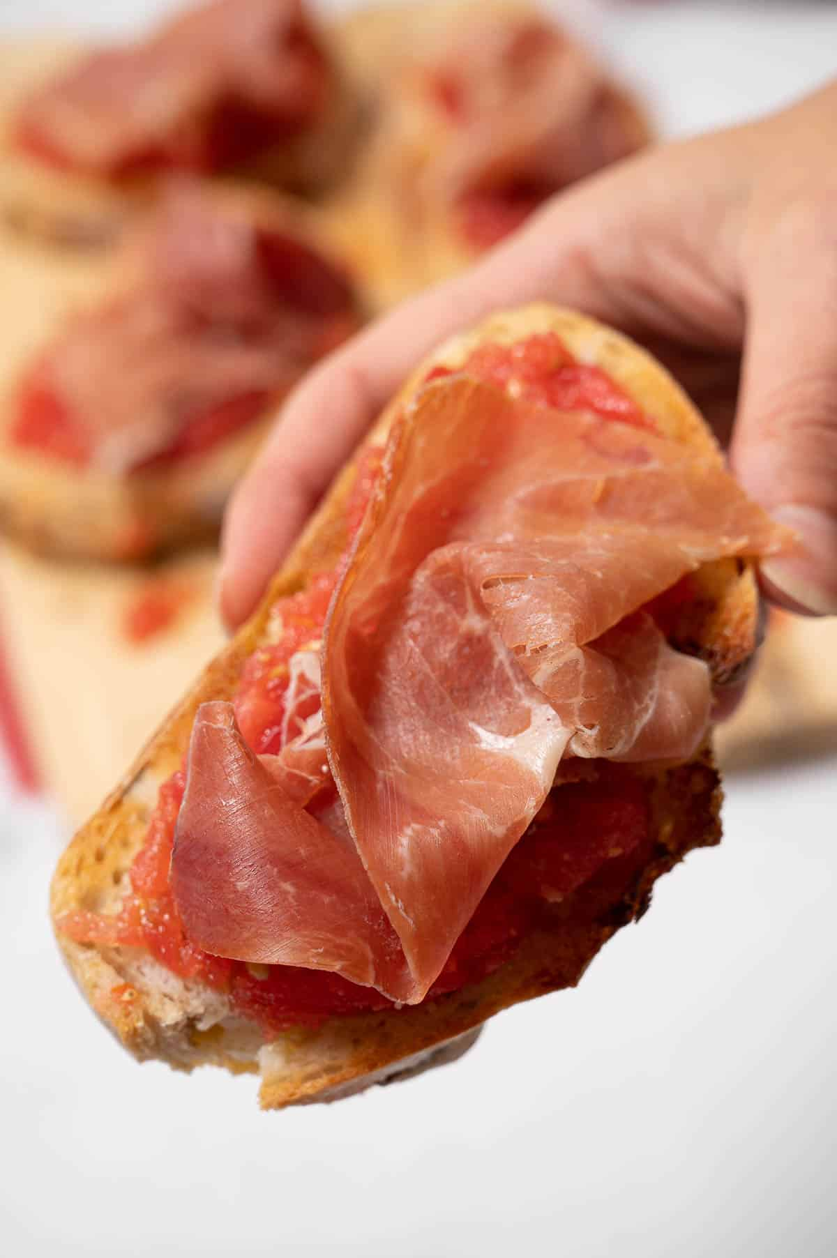 Pan con tomate and jamón - toasted bread with tomato and Serrano ham