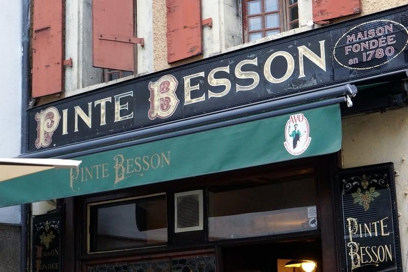 Le Pinte Besson - Lausanne's oldest restaurant!