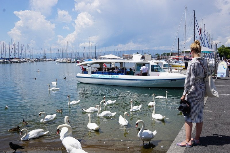 Eco boat tour solar powered boat Lausanne
