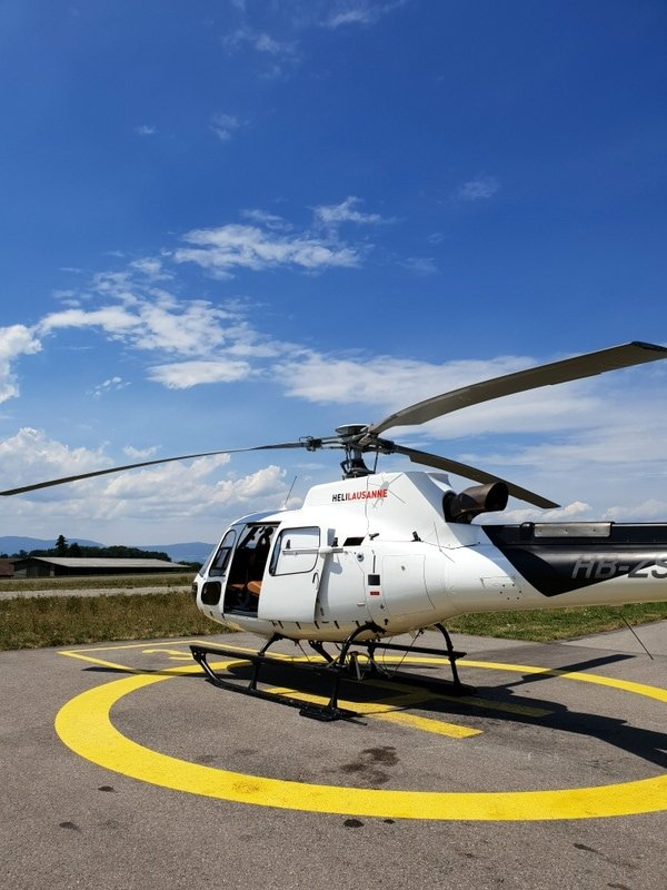 Helicopter tour in Lausanne