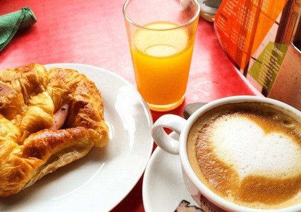 Brunch in Granada is the new local trend! One of the top places to treat yourself on a lazy weekend morning is definitely Loft Cafe.