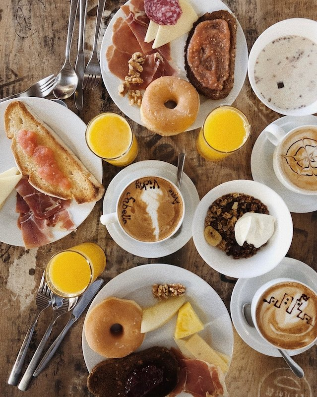 One of the most popular cafes in Granada is Durán Barista. Just look at this breakfast spread!
