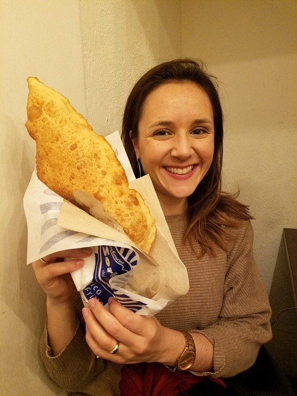Pizza fritta in Naples - Must try foods in Naples
