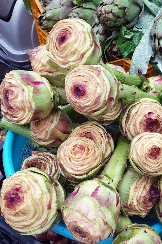 What to Eat in Rome - Artichokes for sale