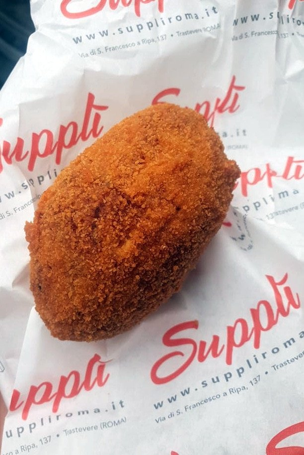 Must try foods in Rome - suppli