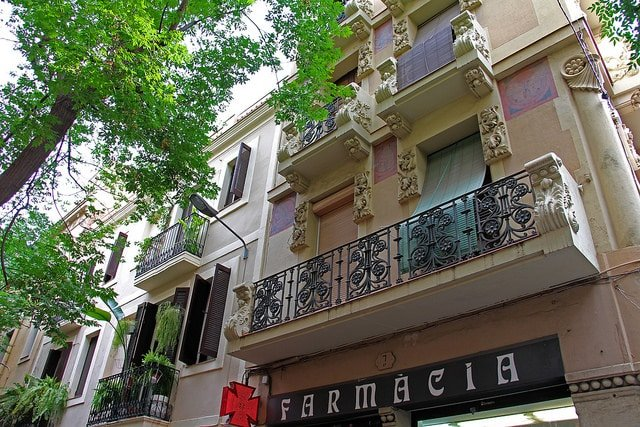 Gracia neighborhood guide: Carrer Verdi