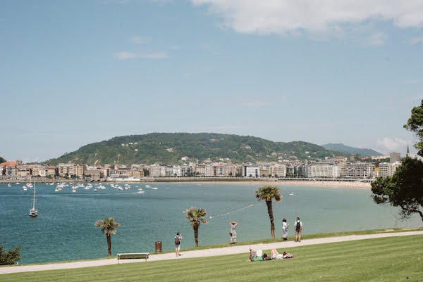 24 hours in San Sebastian - beach view