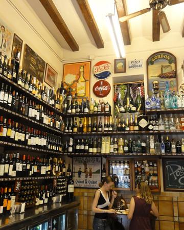 Self guided tapas tour Barcelona: bodega Quimet & Quimet