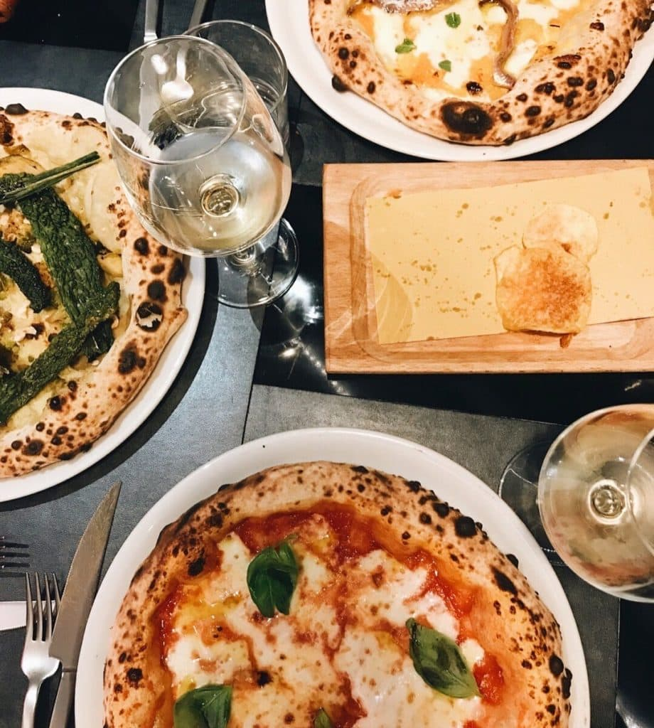 Some of the best food tours in Rome involve pizza!