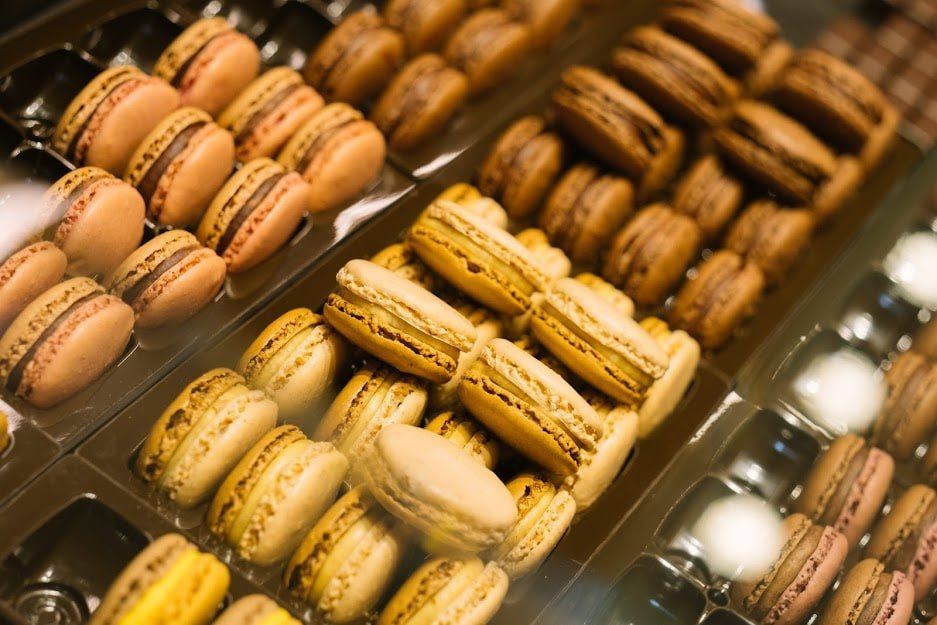 Macarons for sale in Paris