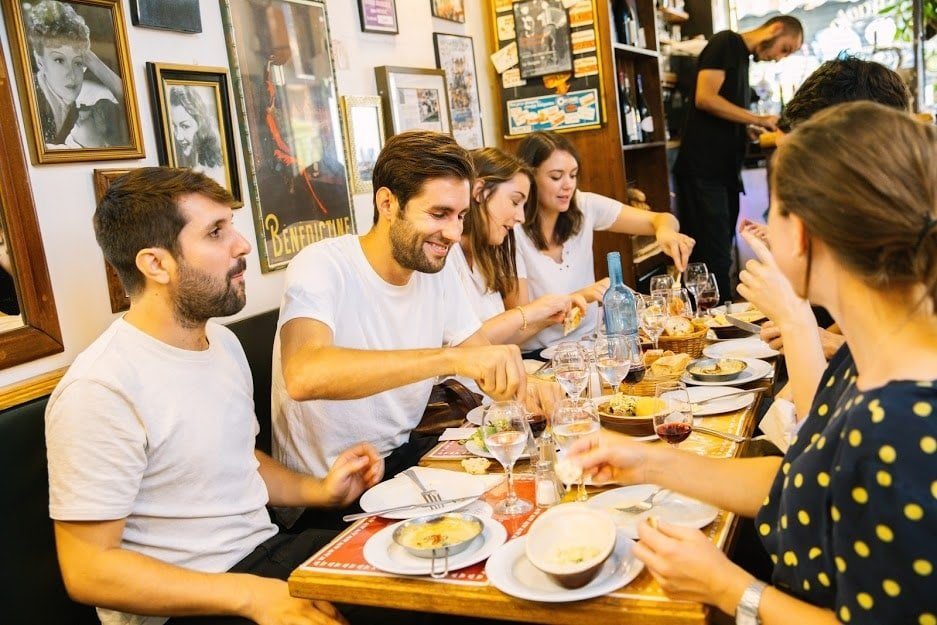7 Best Food Tours in Paris – From Croissants to Croque Monsieurs and More!
