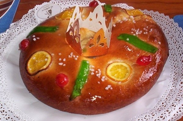 Roscón de Reyes Recipe (Spanish Kings' Cake)