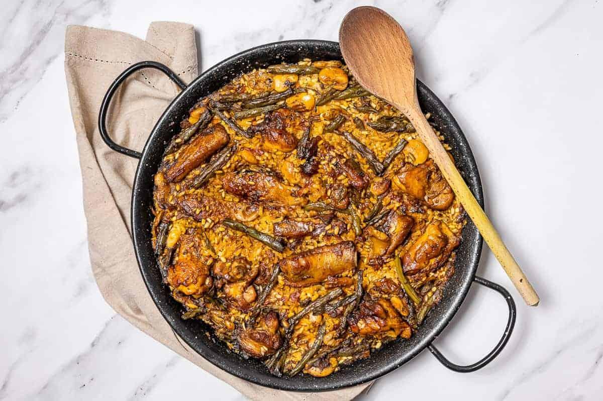 Spanish Paella Recipe (Paella Valenciana)