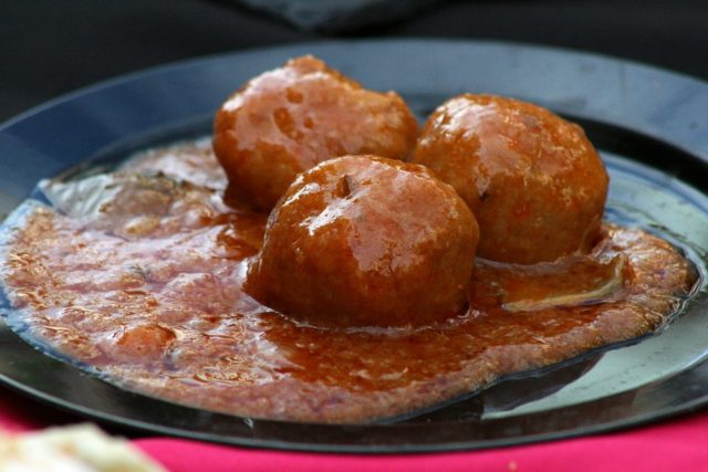 Spanish Meatballs Recipe (Pork and Chorizo Albondigas)