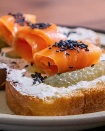 salmon and cream cheese pintxo recipe