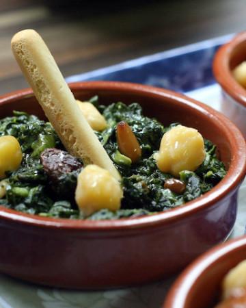 Espinacas a la Catalana Recipe