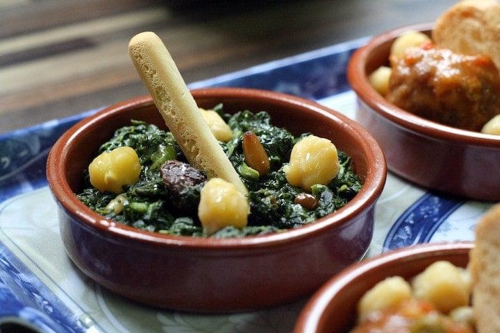 Spinach with Pine Nuts and Raisins Recipe – Espinacas a la Catalana