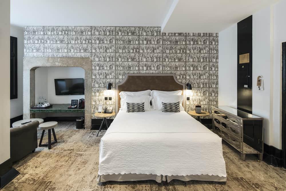 Hotel room at AlmaLusa Baixa/Chiado